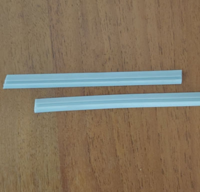 УС1633-10 Уплотнитель для опорного профиля под стекло 10мм 3844,3845
